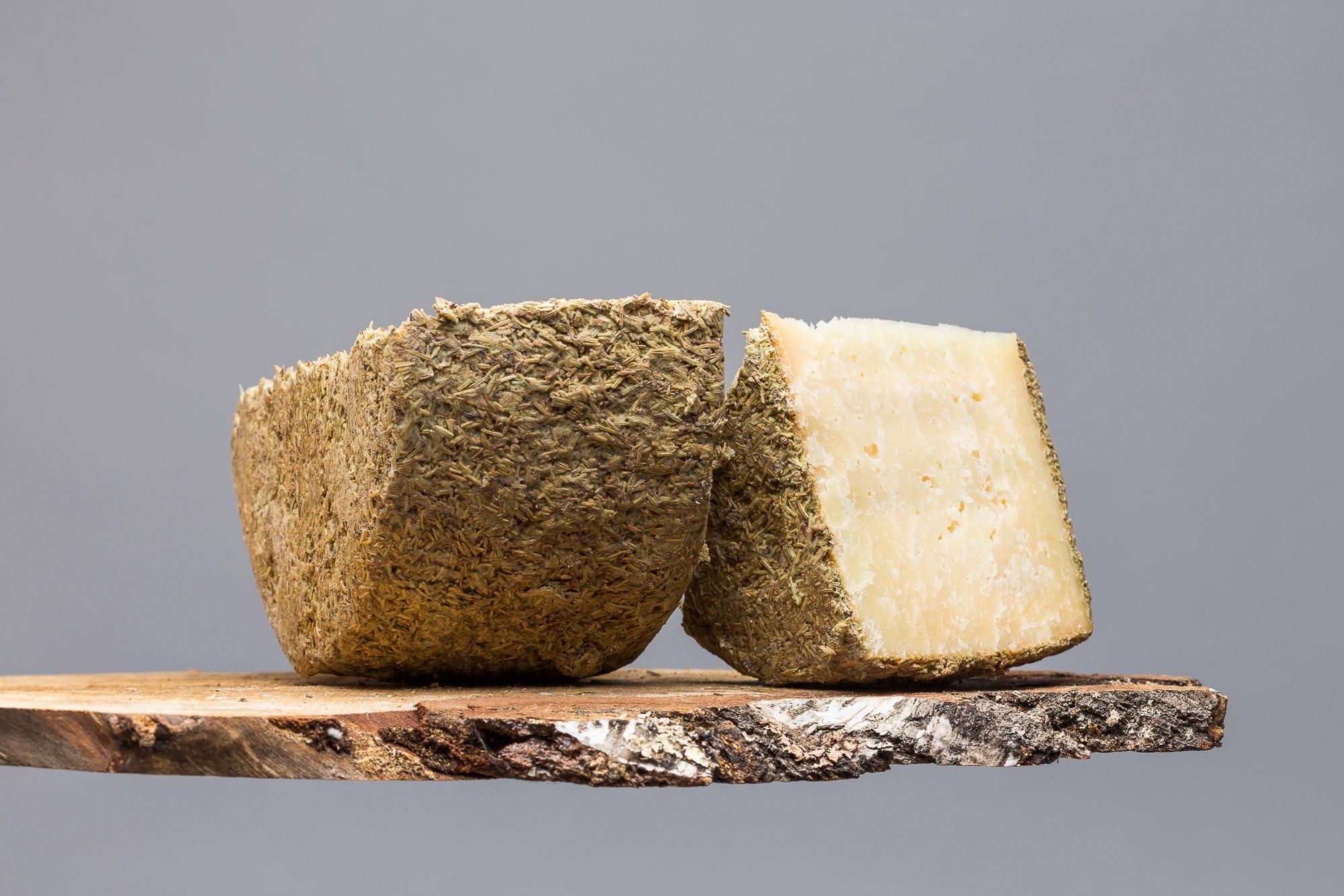 Buenalba - Fromage affiné dans du romarin